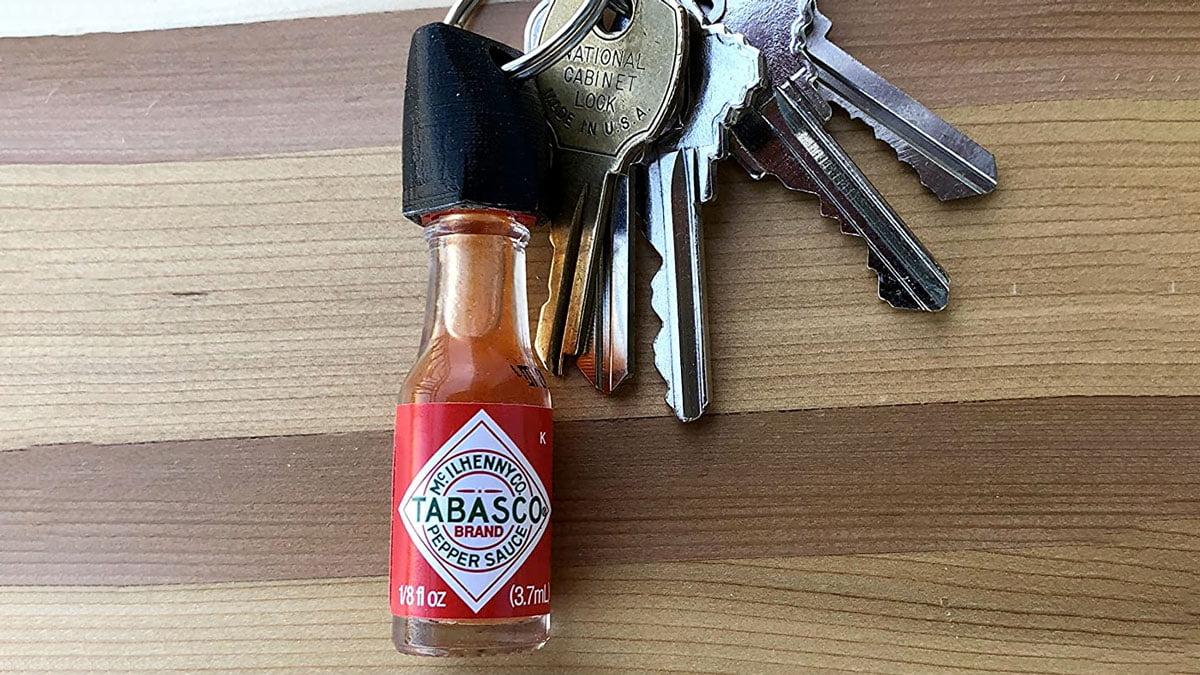 AMAZON / Tabasco Hot Sauce Keychain (Real Mini Bottle of Tabasco)