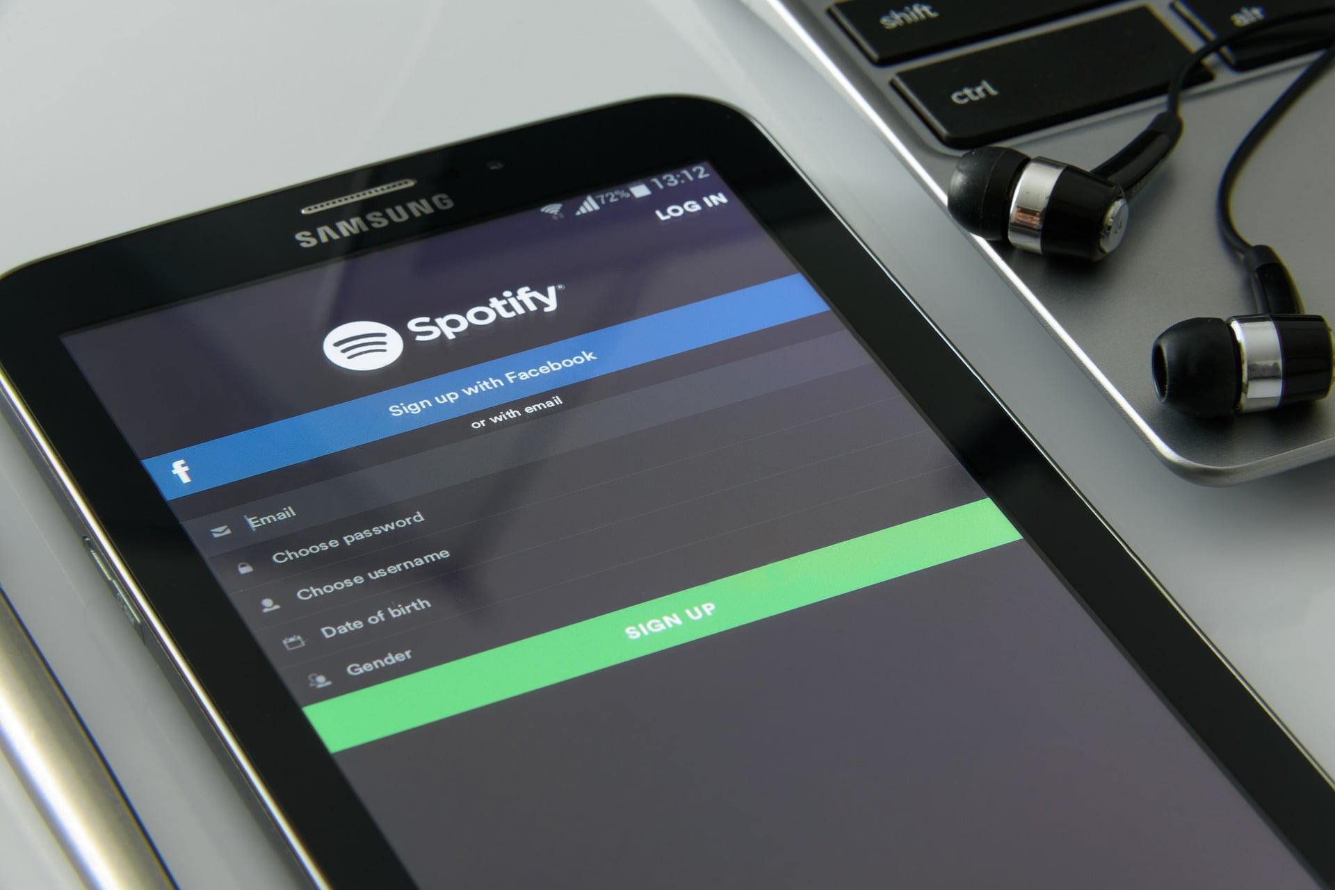 Näin lataat musiikkia Spotifysta